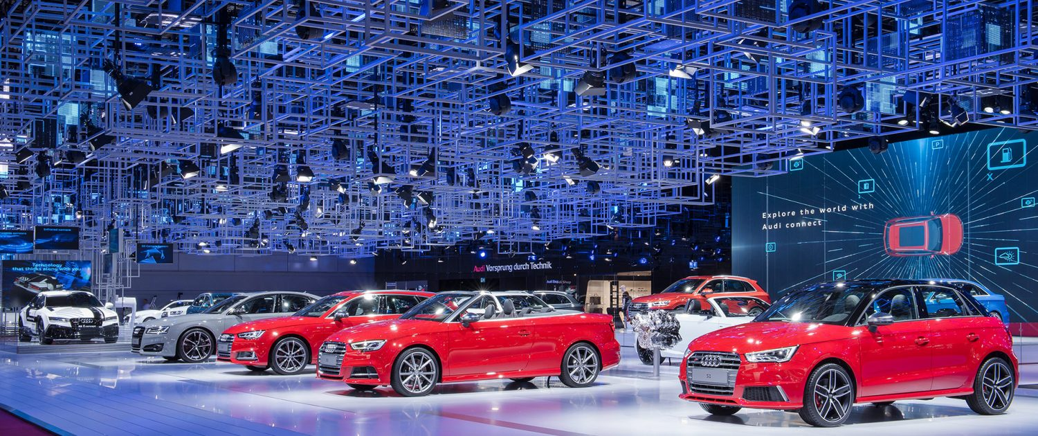 Deckenkonstruktion Audi-Messestand Motorshow Paris
