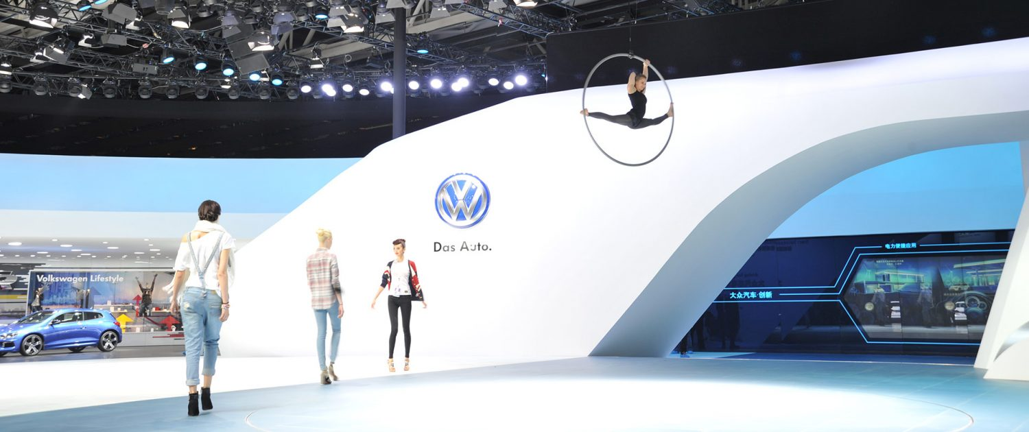 Traversensystem - Rigging Berlin - Volkswagen Messestand - LLeyendecker